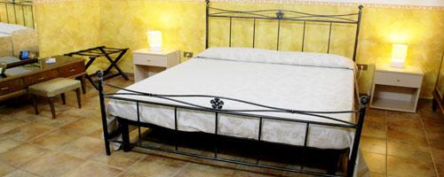 camera-doppia-hostel-il-tetto-ostello-alloggio-camera-vacanza-dormire-melfi-potenza-basilicata