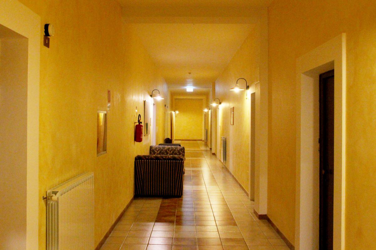 galleria immagini-hostel-il-tetto-ostello-alloggio-camera-vacanza-dormire-melfi-potenza-basilicata (38)