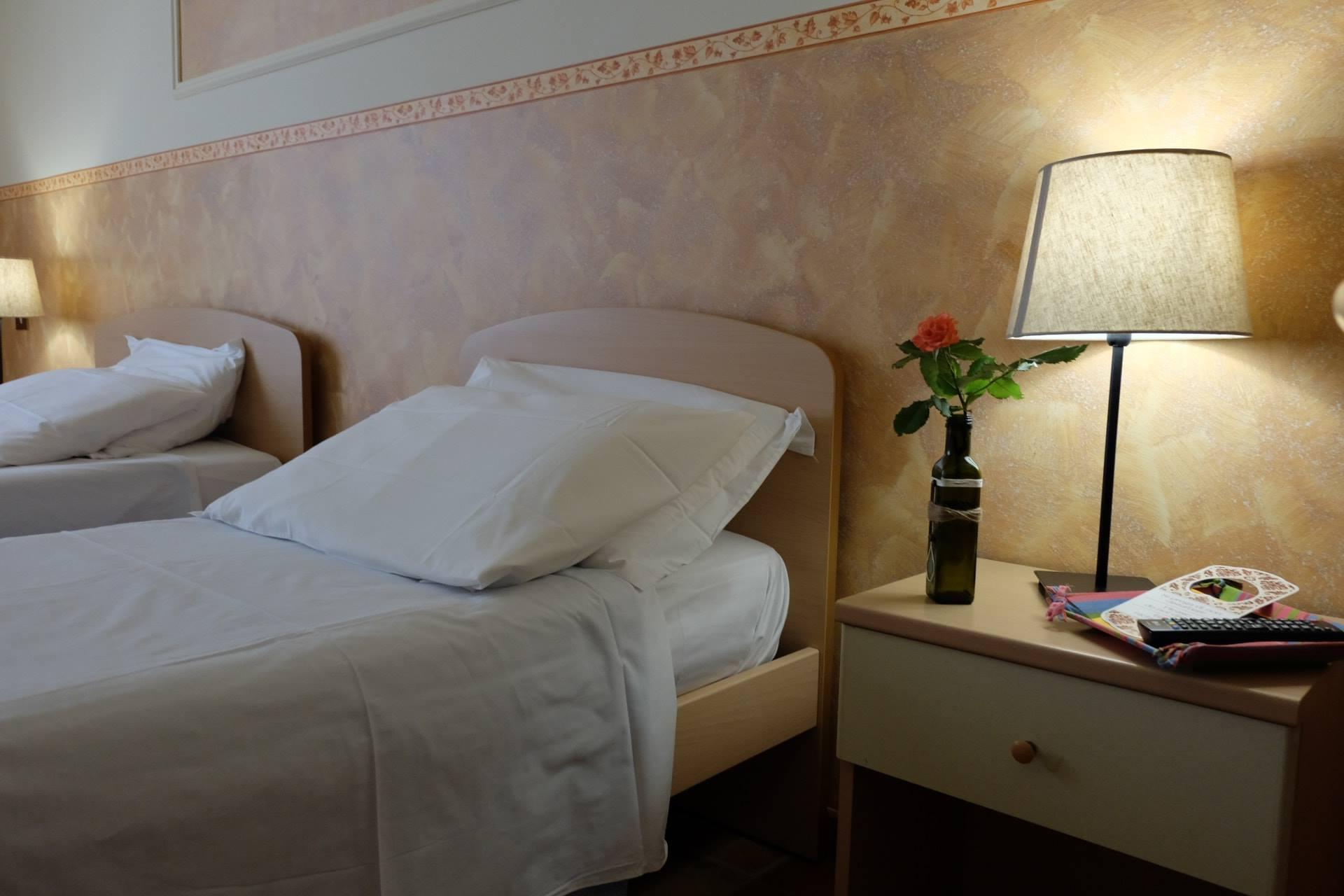 galleria foto camere hostel il tetto melfi ostello dormire soggiorno vacanze basilicata11