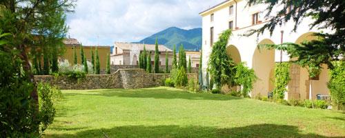 giardino-struttura-2-hostel-il-tetto-ostello-alloggio-camera-vacanza-dormire-melfi-potenza-basilicata