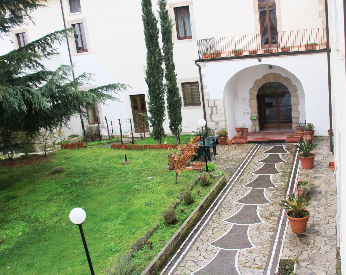 galleria immagini-hostel-il-tetto-ostello-alloggio-camera-vacanza-dormire-melfi-potenza-basilicata (44)