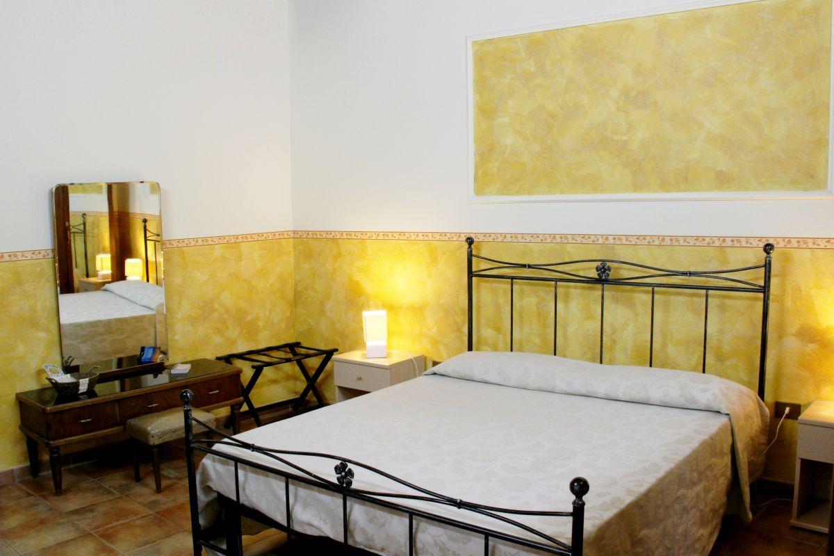 galleria immagini-hostel-il-tetto-ostello-alloggio-camera-vacanza-dormire-melfi-potenza-basilicata (53)