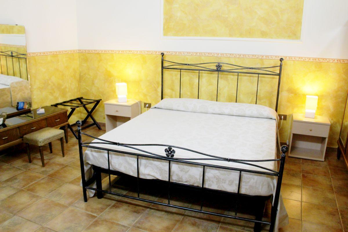 galleria immagini-hostel-il-tetto-ostello-alloggio-camera-vacanza-dormire-melfi-potenza-basilicata (55)