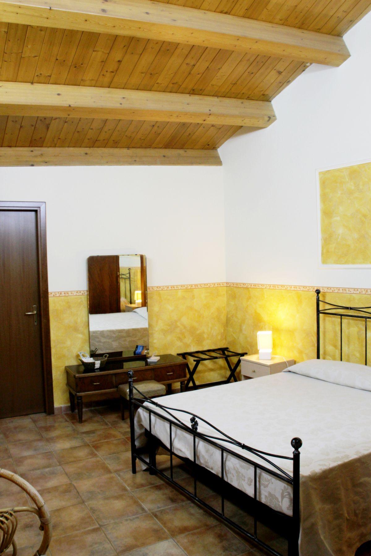 galleria immagini-hostel-il-tetto-ostello-alloggio-camera-vacanza-dormire-melfi-potenza-basilicata (56)