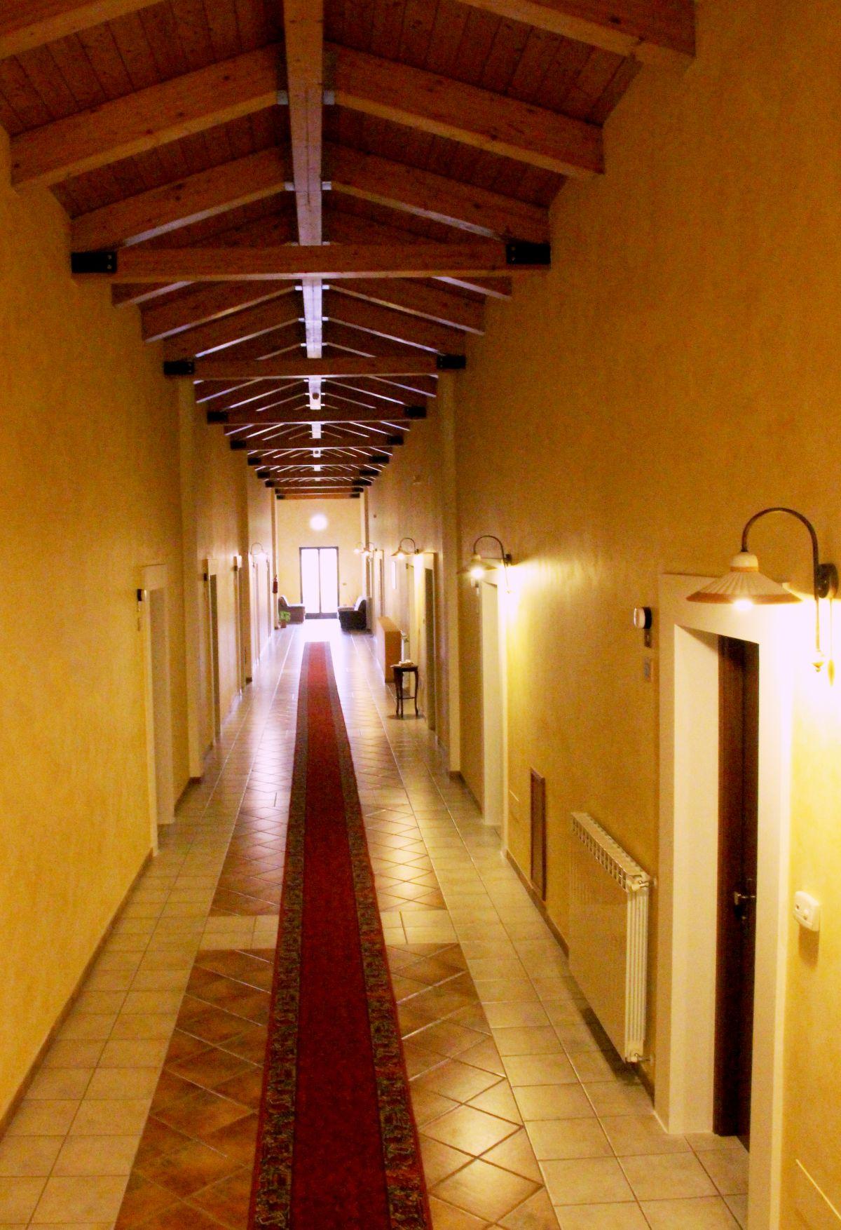 galleria immagini-hostel-il-tetto-ostello-alloggio-camera-vacanza-dormire-melfi-potenza-basilicata (58)