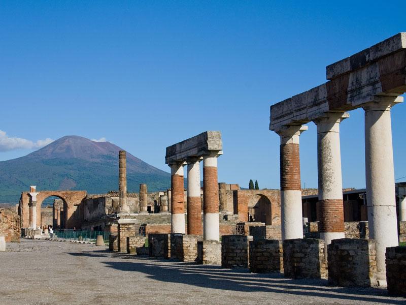pompei-scavi-archeologici-hostel-il-tetto-ostello-alloggio-camera-vacanza-dormire-melfi-potenza-basilicata