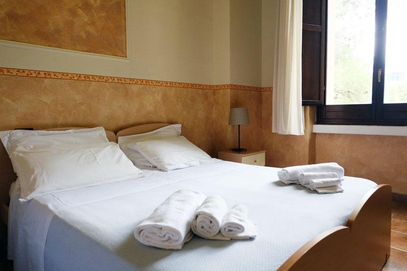 camera-letto-hostel-il-tettomelfi-ostello-dormire-soggiorno-vacanze-basilicata