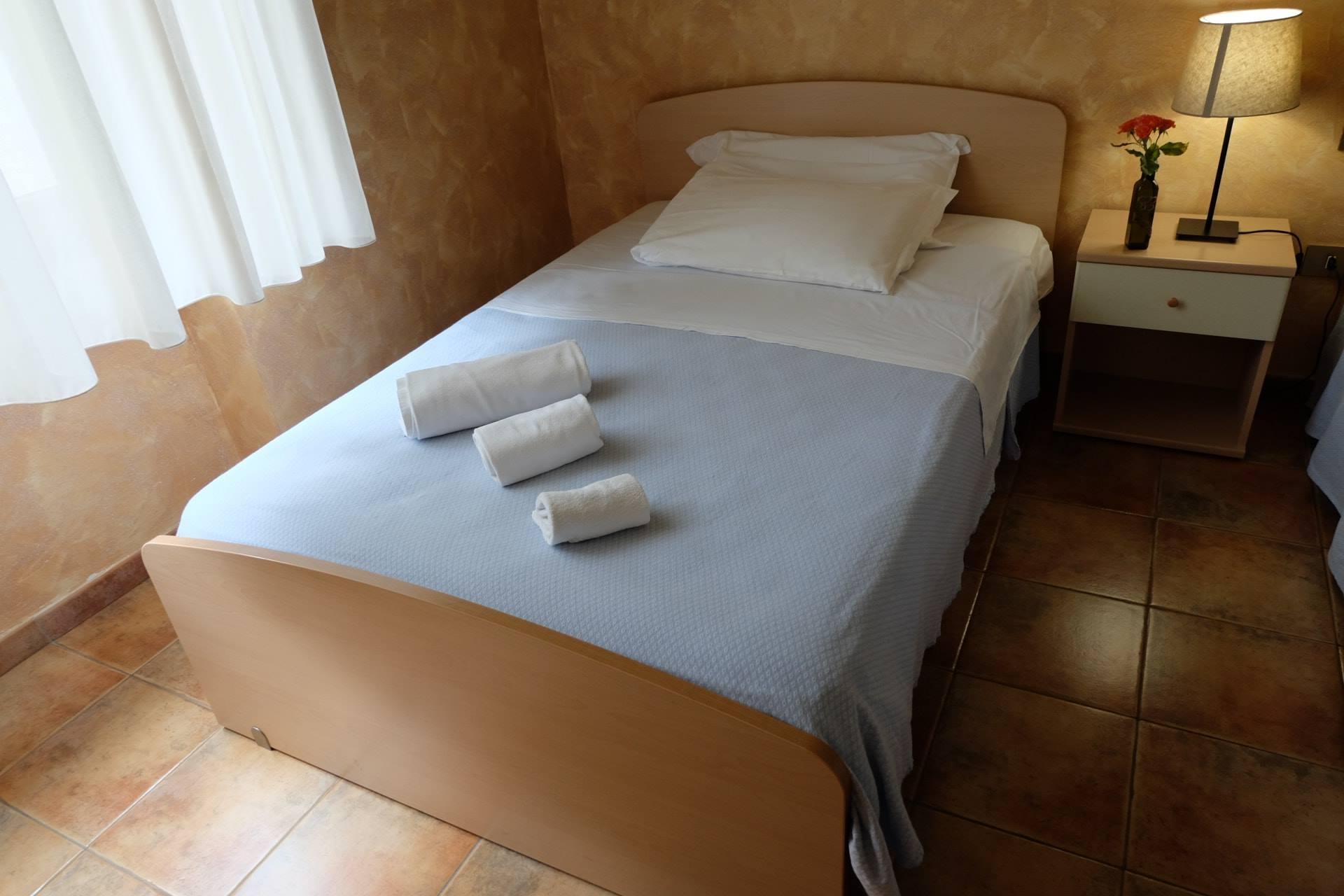 galleria foto camere hostel il tetto melfi ostello dormire soggiorno vacanze basilicata6